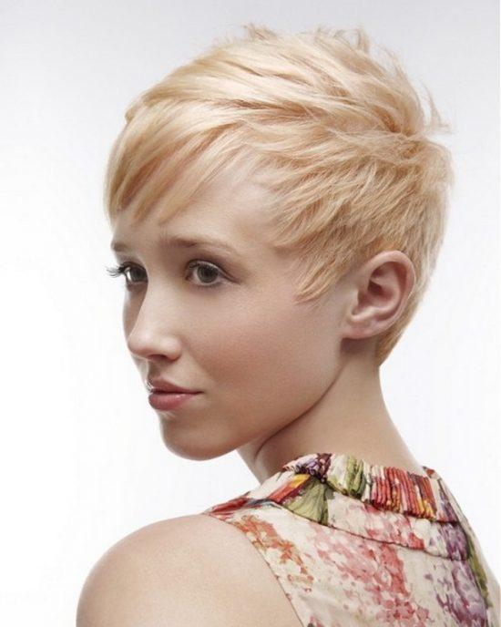 Short haircuts - layered texture